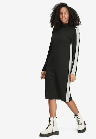 Robes en maille Cartoon en noir