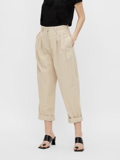 Pantaloni cutați 'Nancy' OBJECT pe alb kitt, Vizualizare model