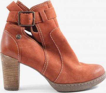 CLARKS Dress Boots in 40 in Orange