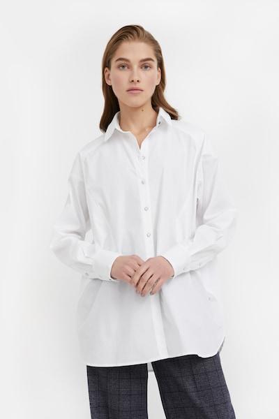 Finn Flare Langarmbluse in weiß, Modelansicht