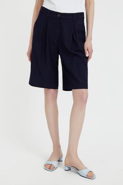 Finn Flare Shorts in blau, Modelansicht