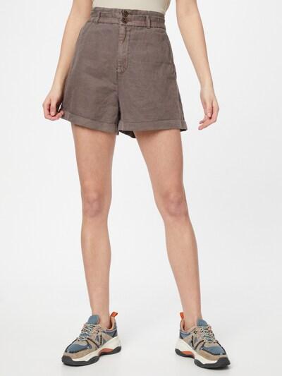 Pantaloni GAP di colore marrone, Visualizzazione modelli