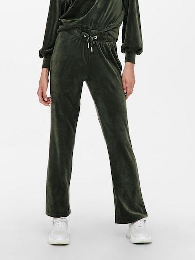 ONLY Hlače 'Laya' u tamno zelena, Prikaz modela