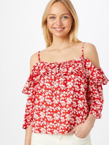 Bluză 'Jeanette' de la ABOUT YOU pe roșu