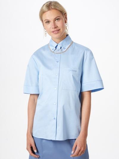 GUESS Blouse 'GILBERTA' in de kleur Lichtblauw, Modelweergave