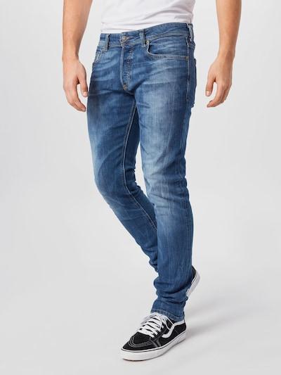 DIESEL Jean 'SLEENKER-X' en bleu, Vue avec modèle