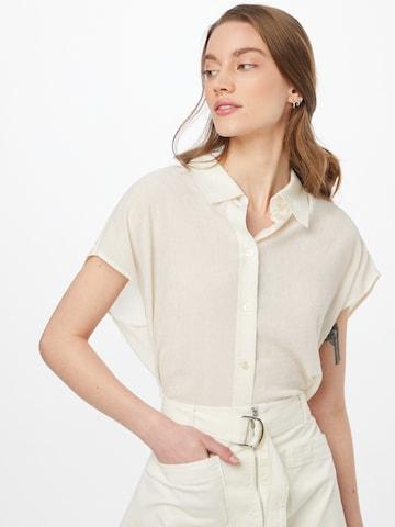 BOSS Casual Bluse 'Breta' i hvit