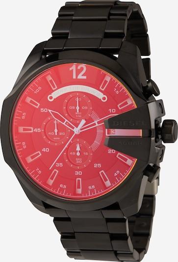 DIESEL Montre à affichage analogique 'MEGA CHIEF' en rouge clair / noir, Vue avec produit