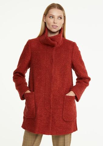 COMMA Between-Seasons Coat in Red