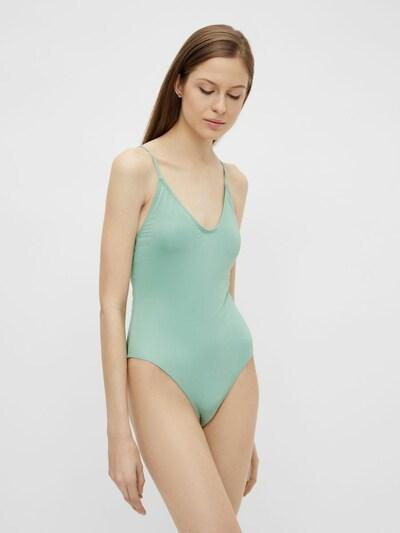 PIECES Badpak in de kleur Jade groen, Modelweergave