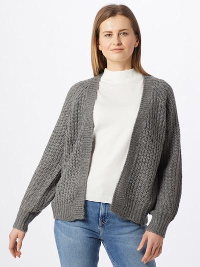 VILA Strickjacke in grau, Modelansicht