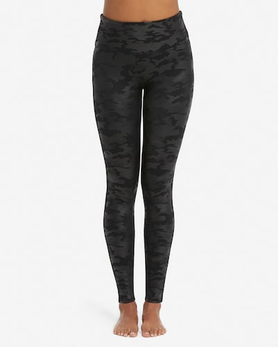 SPANX Leggings in grau / schwarz, Modelansicht