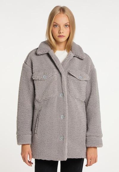 taddy Mantel in grau, Modelansicht
