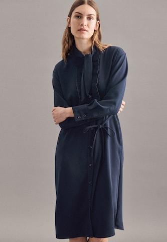 Robe oversize ' Schwarze Rose ' SEIDENSTICKER en bleu