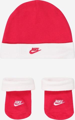 sarkans Nike Sportswear Apakšveļas komplekts 'NIKE FUTURA HAT/BOOTIE 2PC'