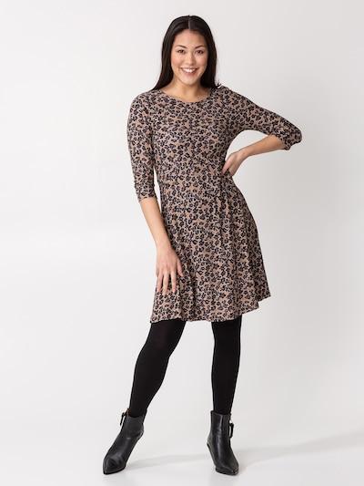 Indiska Kleid 'BERRY' in cappuccino / dunkelgrau / pastellrot / schwarz, Modelansicht
