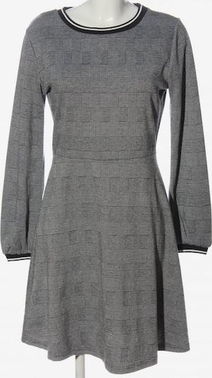 b.young Strickkleid in M in schwarz / weiß, Produktansicht