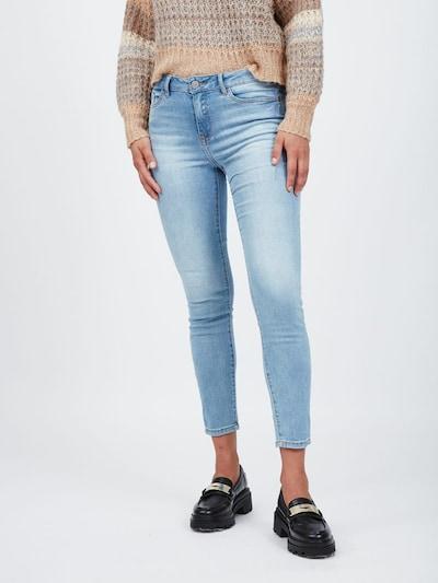 VILA Jeans in Blue denim, View model