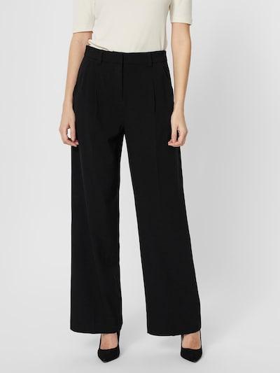VERO MODA Kalhoty se sklady v pase 'Fable' - černá, Model/ka