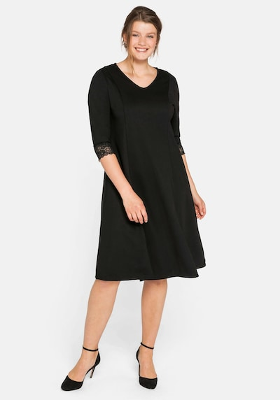 SHEEGO Kleid in schwarz, Modelansicht