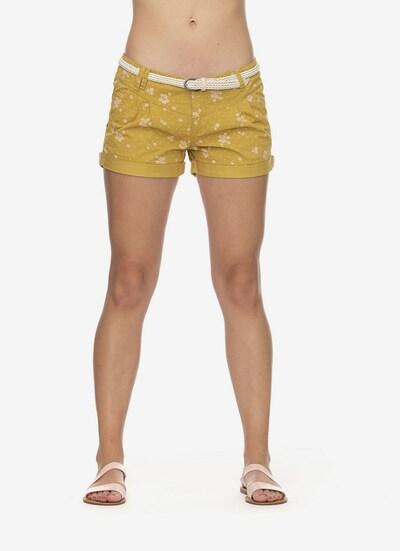 Ragwear Shorts in gelb / weiß, Modelansicht