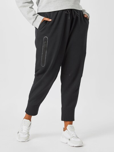 Pantaloni Nike Sportswear di colore nero, Visualizzazione modelli