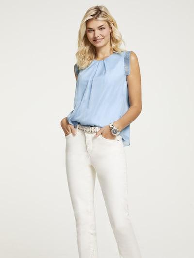 heine Bluse in hellblau, Modelansicht