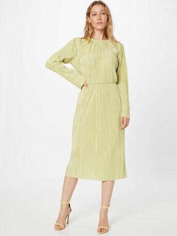 GLAMOROUS Dress in Green