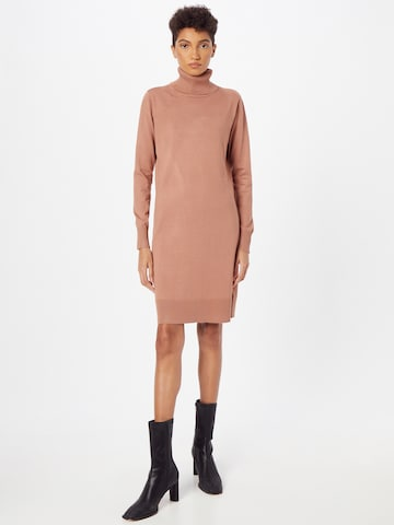 SAINT TROPEZ Gebreide jurk 'Mila' in Bruin