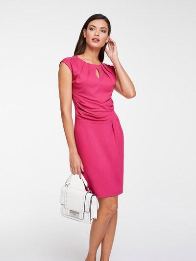 heine Kleid in pitaya, Modelansicht