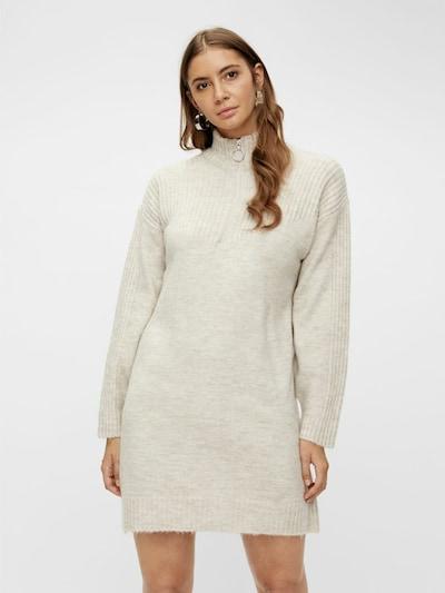 Y.A.S Robe en blanc, Vue avec modèle