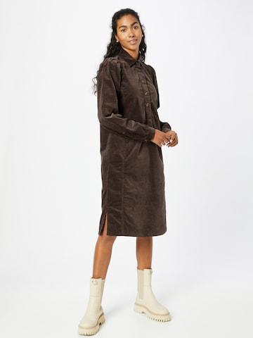 Claire Košeľové šaty 'Draga' - Hnedá