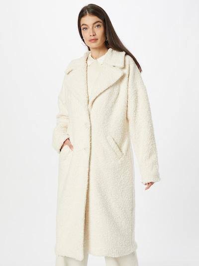 KAN Between-Seasons Coat 'UYUNI' in White, View model