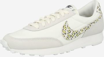 Baskets basses 'Break SE' Nike Sportswear en beige