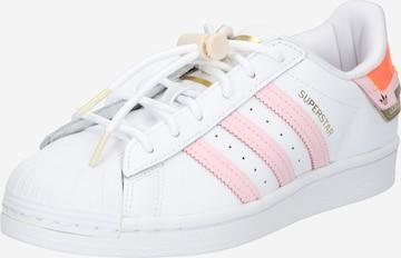 ADIDAS ORIGINALS Matalavartiset tennarit 'Superstar' värissä valkoinen