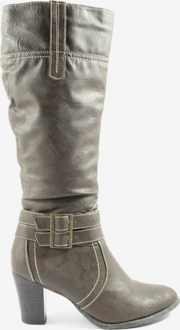 Esmara Dress Boots in 37 in Green