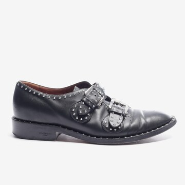 Givenchy Flats & Loafers in 38 in Black