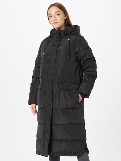 Palton de iarnă Moves pe negru, Vizualizare model
