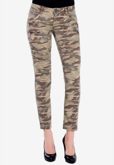 CIPO & BAXX Jeans in de kleur Camel, Modelweergave