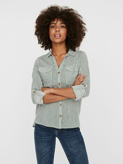 VERO MODA Blouse 'Bumpy' in de kleur Grasgroen / Wit, Modelweergave