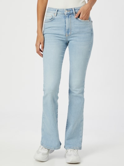 Gina Tricot Jeans 'Meja' in de kleur Lichtblauw, Modelweergave
