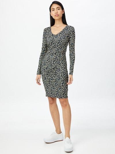 Moves Kleid in beige / rauchblau / gelb / schwarz, Modelansicht