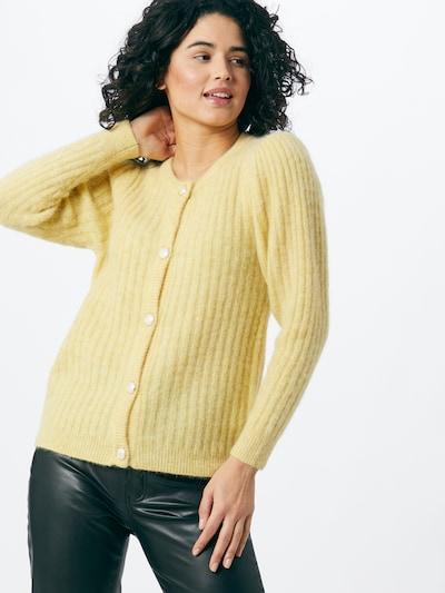 Gestuz Gebreid vest 'Alpia' in de kleur Geel, Modelweergave