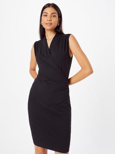 Rochie mulate Banana Republic pe negru, Vizualizare model