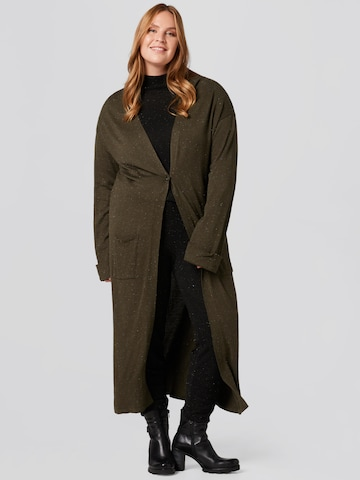 Guido Maria Kretschmer Curvy Collection Knitted Coat 'Laura' in Green