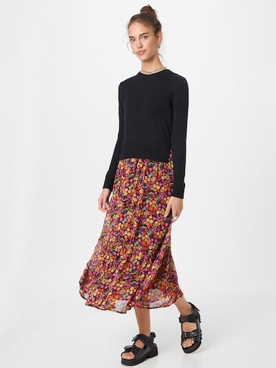 Derhy Šaty - mix barev / černá, Model/ka
