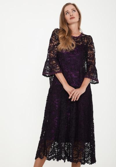 Madam-T Kleid in lila, Modelansicht