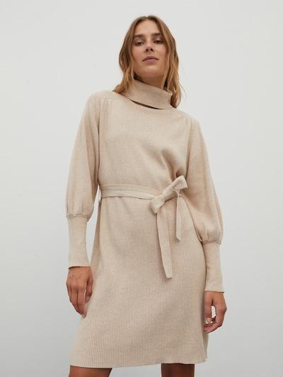 EDITED Gebreide jurk 'Malene' in de kleur Beige, Modelweergave