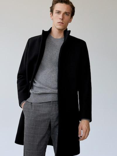 MANGO MAN Zimski plašč | črna barva, Prikaz modela
