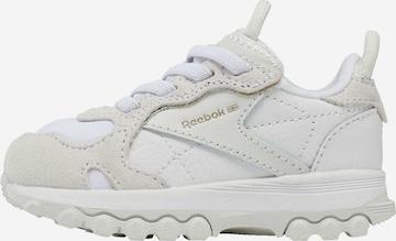 Reebok Classics Sneaker in Weiß